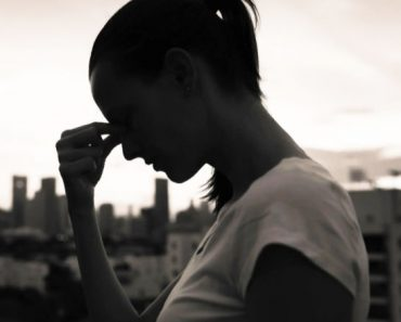 10 Signs of Depression You Should NEVER Ignore